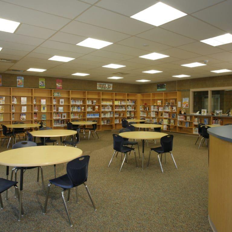 Twin Lakes Elementary School